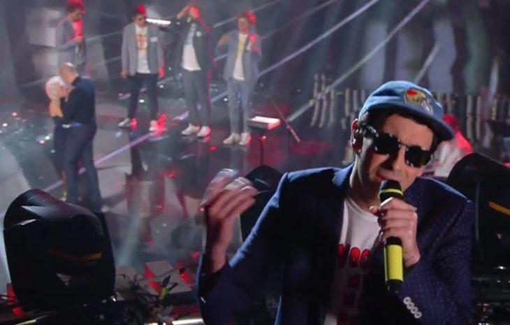 Sanremo 2018, secondo posto per «Lo Stato Sociale» del medicinese Matteo Romagnoli
