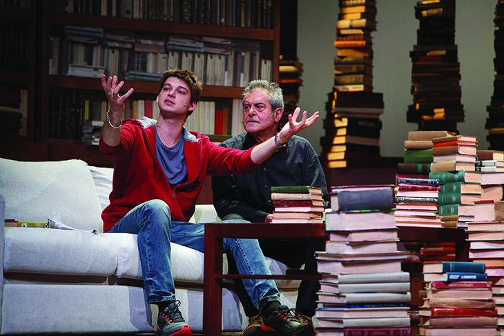 «Tempi nuovi» per Ennio Fantastichini e Cristina Comencini sul palco dello Stignani