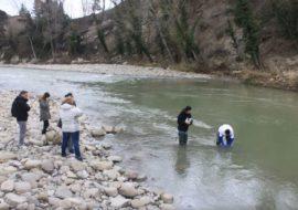 Gli studenti analizzano il Santerno con Geolab – LE FOTO