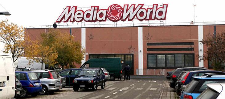 Mobilitazione dei lavoratori Mediaworld per la riorganizzazione aziendale