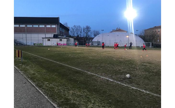 Il campo da calcio a 7 di via Battisti a Medicina verrà rifatto in sintetico