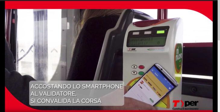 Muver è l'app che permette di acquistare il biglietto del bus con lo smartphone, per ora nell'area Bologna