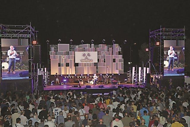 """Quest'anno """"La Centrale – Imola Summer Festival' sarà al Lungofiume con 17 giorni di eventi: """"Riempiremo il vuoto lasciato dalla Festa de L'Unità', promettono gli organizzatori"""