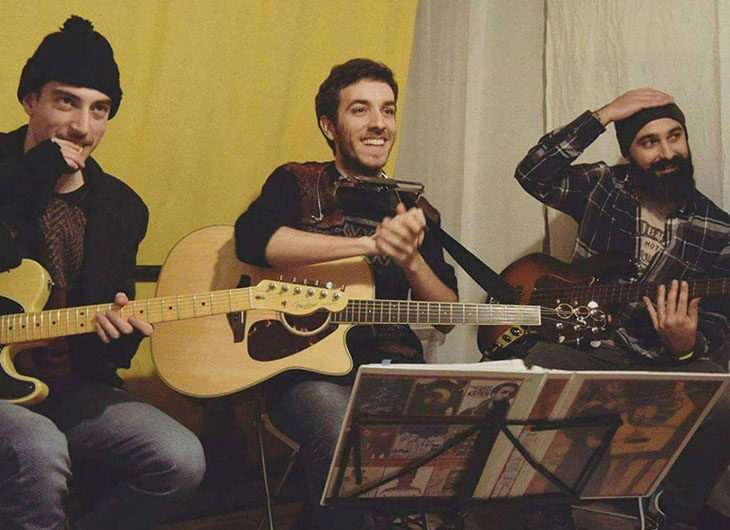 A Gocce di musica 2018 il trio acustico folk rock Aster & The X Band