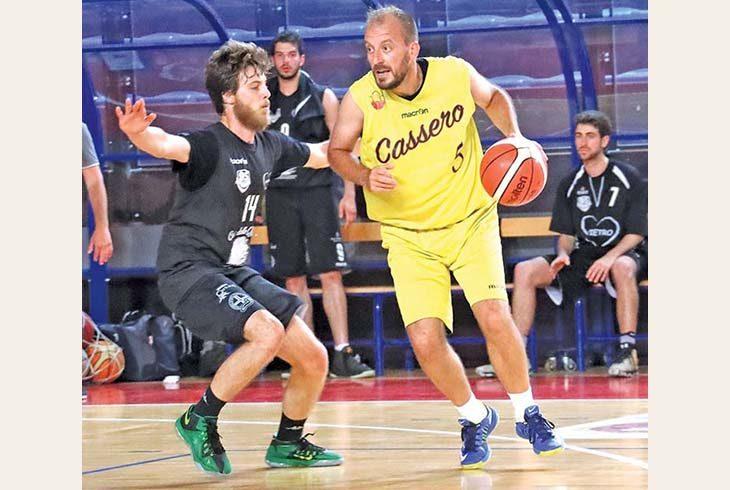Andrea Costa Basket, Demis Cavina l'anno prossimo non ci sarà