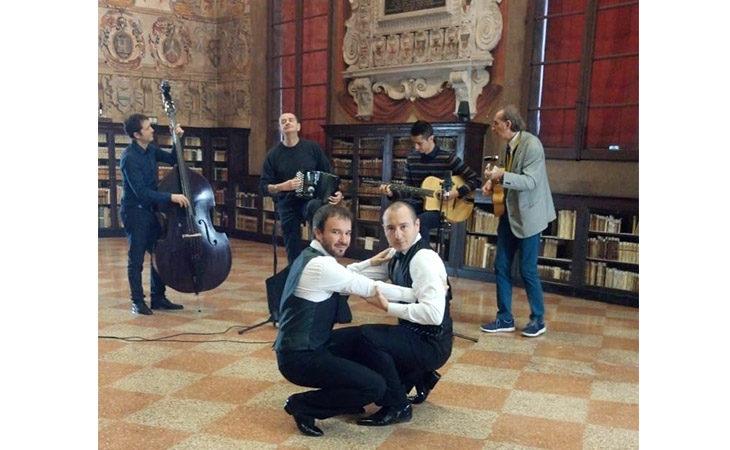 Gli ozzanesi Antonio Clemente e Loris Brini con la loro Polka-chinata rappresenteranno l'Italia al Congresso Unesco di danza. IL VIDEO