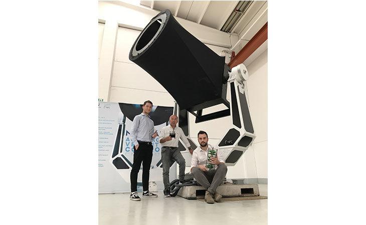 L'innovativa montatura di telescopi dell'azienda imolese Npc in grado di «inseguire» i detriti spaziali