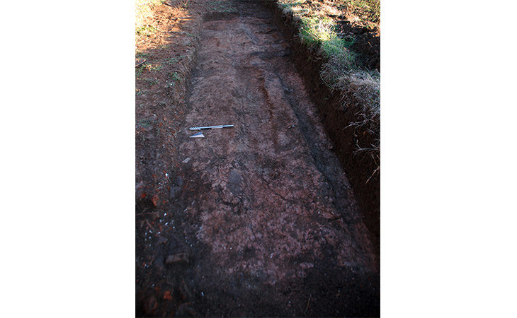 Emergono strada, edifici e un pavimento di Claterna dagli scavi per la ciclabile di Ozzano