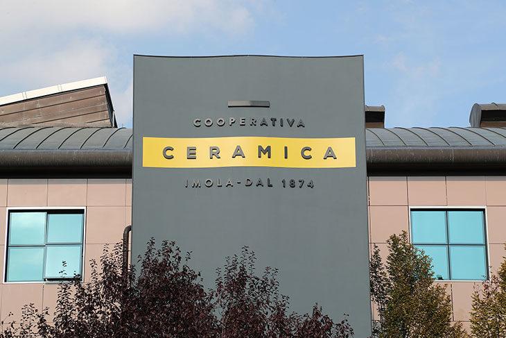 Alla Coop. Ceramica orario ridotto per 300 per evitare 90 esuberi, ipotesi di accordo innovativa
