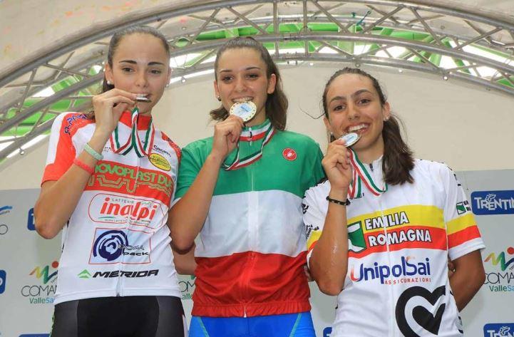 Ciclismo, medaglia di bronzo per l'imolese Alessia Patuelli ai tricolori Allieve