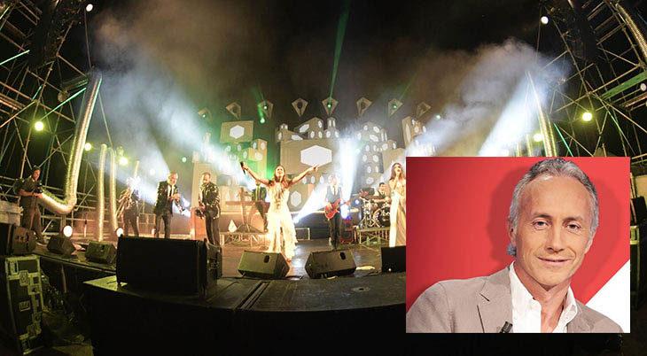Marco Travaglio sul palco della festa de La Centrale nel lungofiume