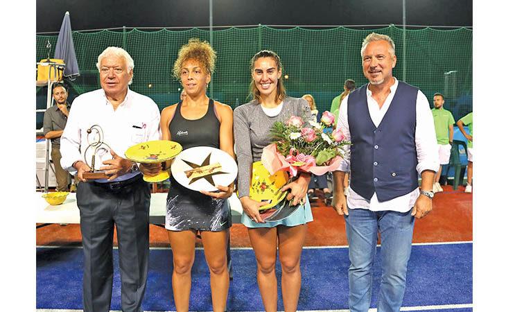 Lo show di Nicola Pietrangeli dura più… della finale agli Internazionali di tennis della Tozzona