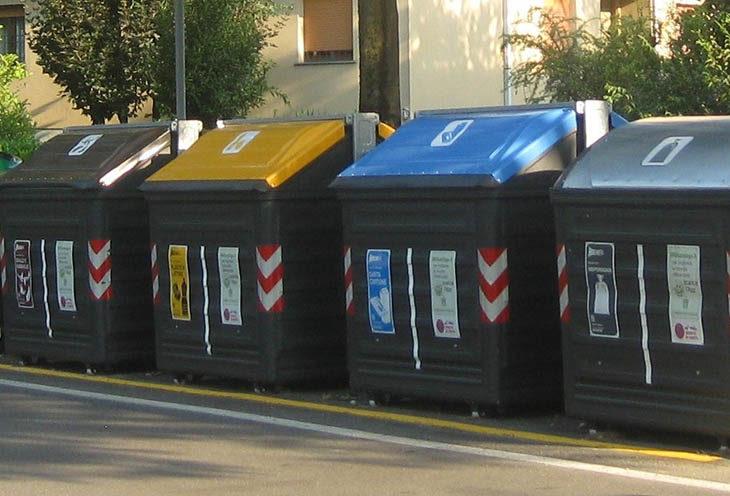 Raccolta rifiuti, a Castel Guelfo i cassonetti si apriranno solo con la carta Smeraldo