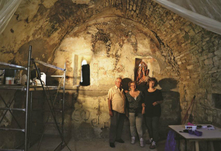 Un affresco del Trecento ritrovato in un oratorio vicino a Firenzuola: la scoperta e il restauro