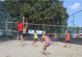 Beach volley, domenica la settima edizione di «Sciaza cun l'Avis» al Molino Rosso