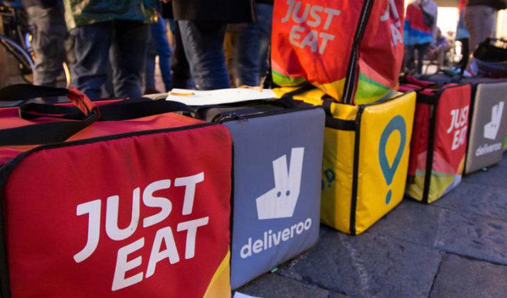 Si affermano le società per ordinare cibi online e riceverli a domicilio: il fenomeno è partito da Ozzano