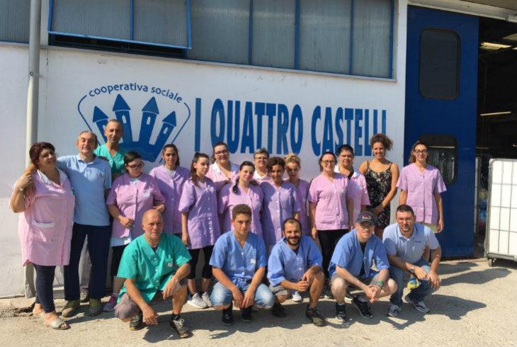Lavo&Lavoro, la lavanderia che offre un'opportunità di riscatto anche ai detenuti della Dozza
