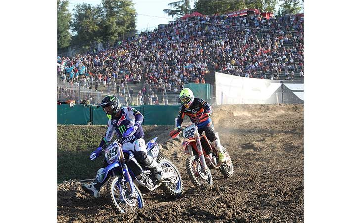 Le emozioni del Mondiale motocross all'autodromo di Imola. IL VIDEO