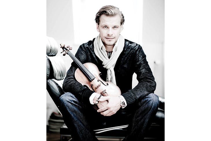 Vivaldi e Piazzolla, otto Stagioni per il violinista Kiril Troussov con l'Erf