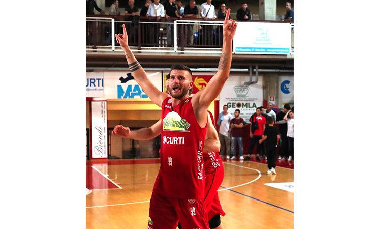 Basket A2, il marchio dell'azienda Kaltek sulla divisa de Le Naturelle Imola