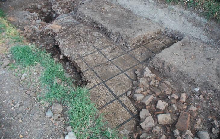 Sarà ricoperto dalla ciclabile il mosaico appena scoperto nell'antica Claterna. A marzo pronto il museo a Ozzano
