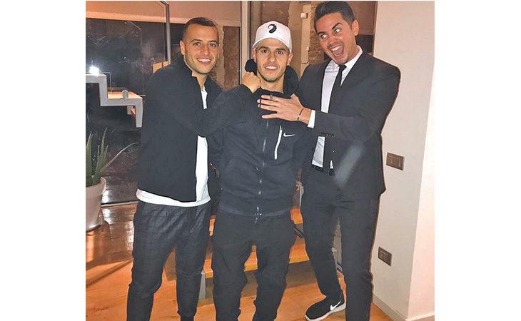 Che… «Iena» Giuseppe Giovinco, l'attaccante rossoblù è complice di uno scherzo al fratello Sebastian