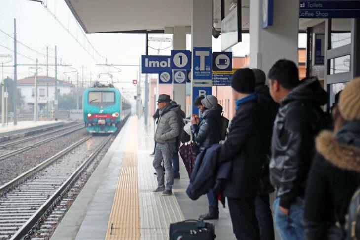 Al via il nuovo orario dei treni, i vantaggi della tratta Imola-Bologna alla prova dei fatti