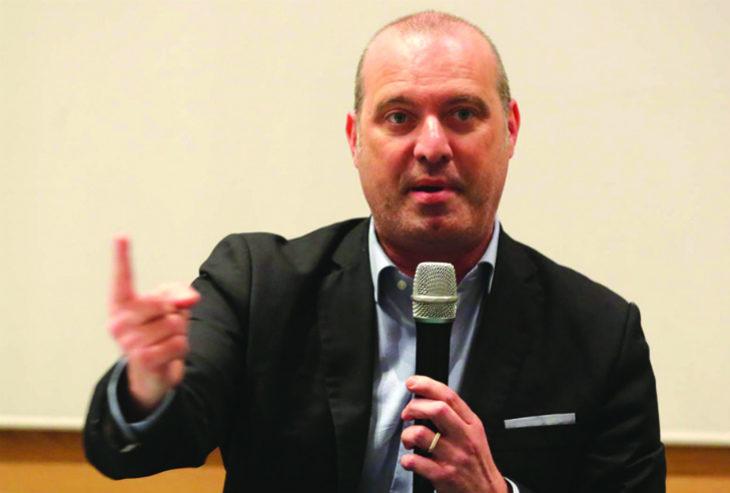 Il 18 dicembre al circolo Sersanti i direttori dei settimanali imolesi intervistano il presidente della Regione Bonaccini