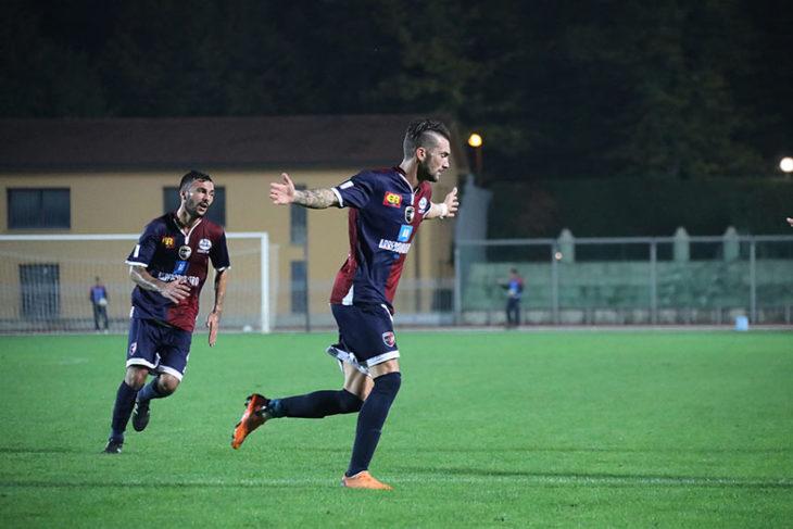 Un intenso 2-2 avvolto nella nebbia, Carraro e Lanini riprendono il Ravenna