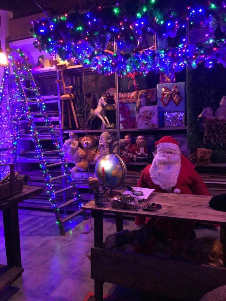 In visita all'officina di Babbo Natale a… Osteria Grande