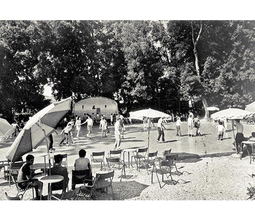 Gli ombrelloni delle Acque