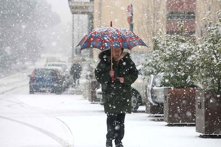Pioggia e neve, scatta l'allerta meteo fino alla notte tra sabato e domenica