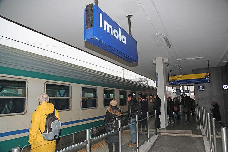 """Nella """"nuova' stazione ferroviaria a breve i tornelli per accedere ai binari-VIDEO"""