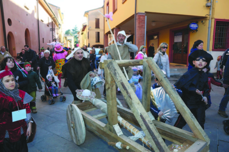 Carnevale, a Castello è Popolare (e si festeggia di sabato)