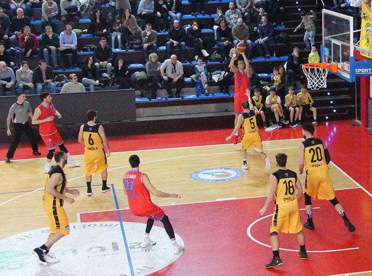 Basket C Gold, en plein Flying Ozzano: stravincono il derby, raggiungono Imola in vetta e ribaltano la differenza canestri