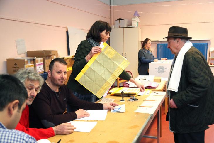 Elezioni politiche, affluenza al 24,61% a Imola, tra il 18% e il 25% nel circondario, al 22,8% nell'area metropolitana