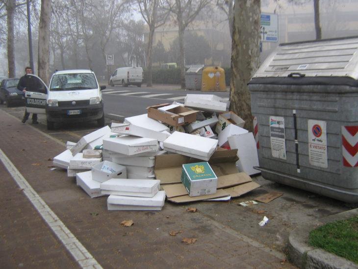 Ambiente, l'anno scorso le Gam hanno fatto 345 multe per lo più in materie di rifiuti e cani
