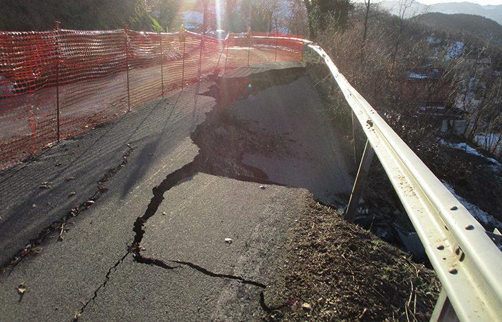 Maltempo, frane e ponti chiusi, i punti critici sulle strade del circondario