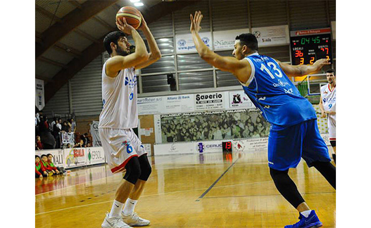 Basket C Gold, i Flying Ozzano frantumano anche Castelnovo Monti