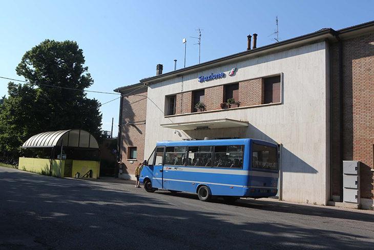 Ai medicinesi piace l'idea del «night bus» per tornare da Bologna