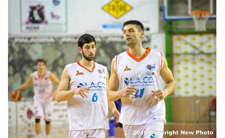 Basket C Gold, i Flying Ozzano la spuntano nel finale e aspettano Fiorenzuola