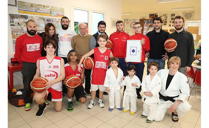 RestArt 2017, «Noi Giovani» dona materiale alle società sportive della palestra Ravaglia