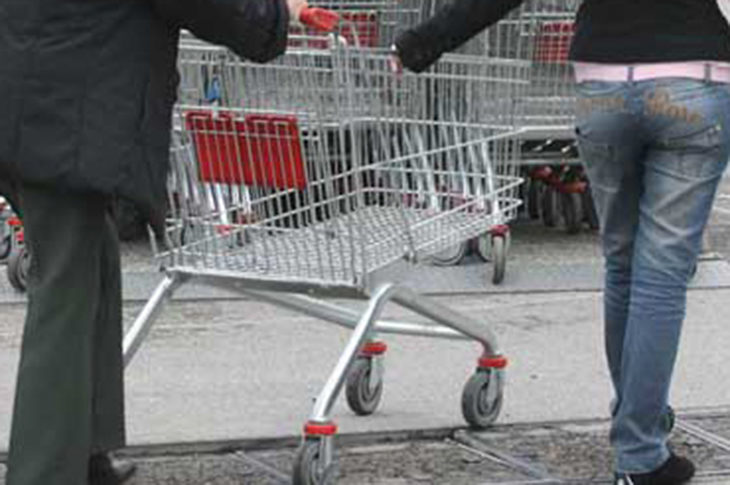 Sciopero contro supermercati e centri commerciali aperti a Pasqua e Pasquetta