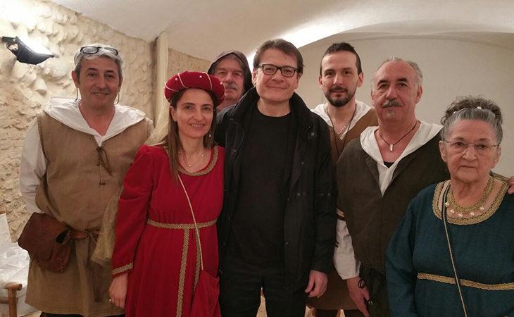 Gli «Antichi Mestieri» di Medicina comparse nel film «La freccia del tempo» con Lino Guanciale e Peter Greenaway