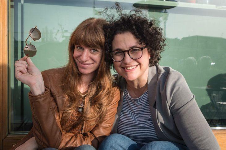 Premio Nati per Leggere a ''Il viaggio di Piedino'', i salti di gioia di Elisa e Marianna