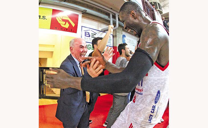 Basket Andrea Costa, il bilancio finale di Domenicali: «Adesso la società è sana, serve un palazzo e se avessimo lo sponsor…»