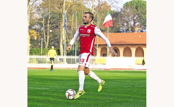 Calcio, l'imolese Alessio Petti ha vinto la serie D con il Rimini. «Il nostro segreto? Lo spogliatoio»