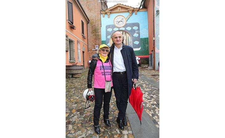 Stradozza 2018, le SuperDonne di «Rina e le sue amiche» donano 1.500 euro all'Urologia di Imola