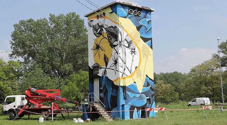 Tag, le cabine elettriche della città diventano opere d'arte grazie agli street artist