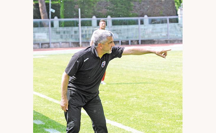 Calcio, i play-off dell'Imolese rimandati a domenica 20. Il tecnico Gadda: «Questa società merita la C, a prescindere da tutto»